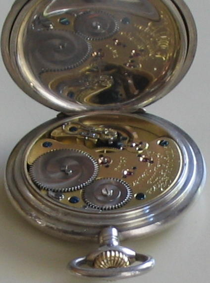 MORE PICS SILVER & GOLD WATCH